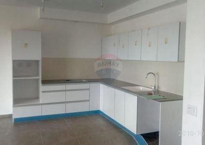 תמונה של דירת 5 חדרים להשכרה