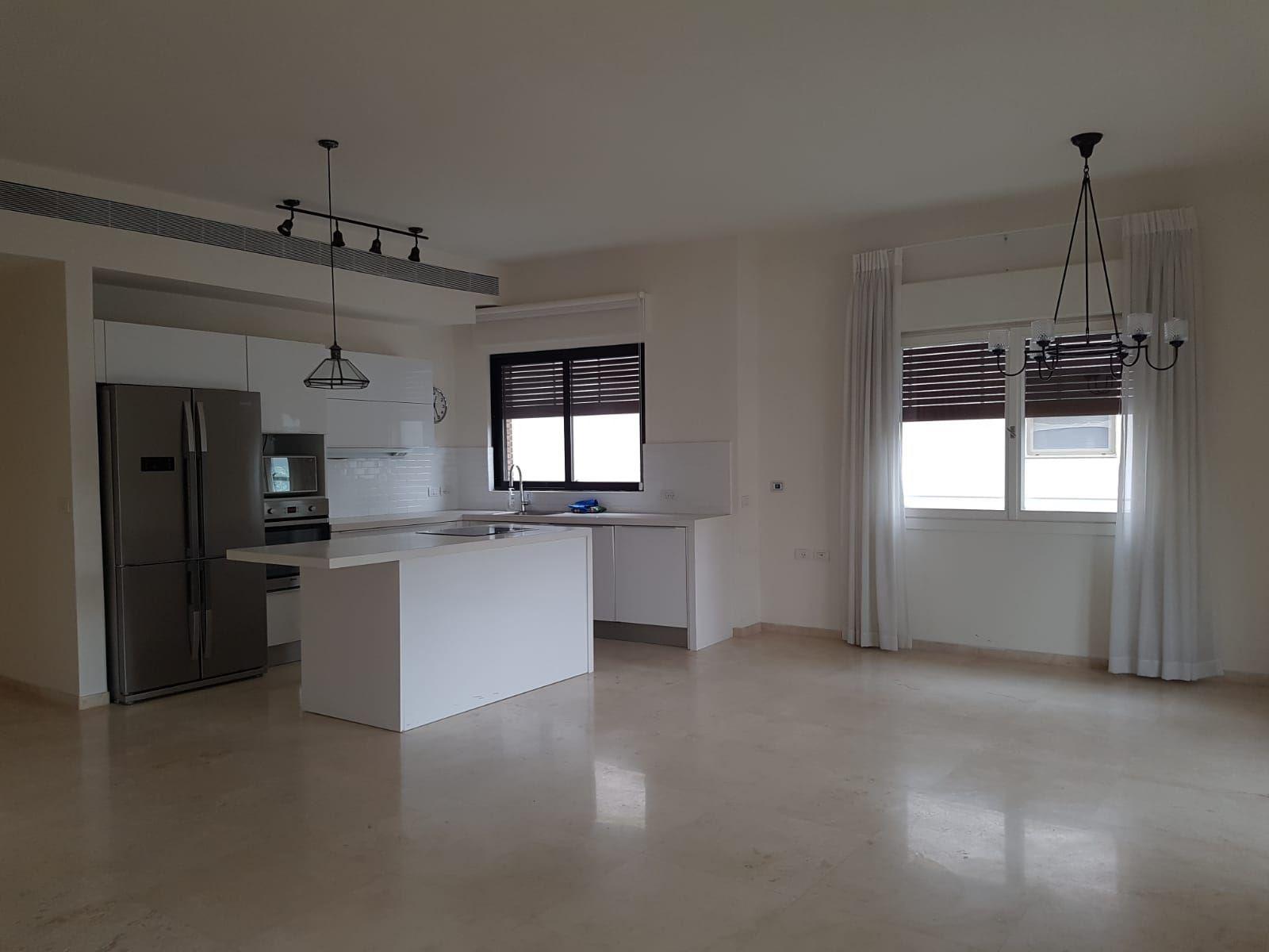 תמונה של 3  חדרים להשכרה במרכז תל אביב !!