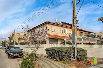 תמונה של למכירה דירת גן 4.5 חדרים ז'בוטינסקי -טירת הכרמל
