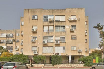 תמונה של למכירה דירת 3 חדרים - ז'בוטינסקי קרית ביאליק