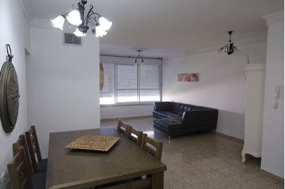 תמונה של למכירה - דירה בקדיש לוז -  4 חדרים ברח' קדיש לוז בקרית מוצקין