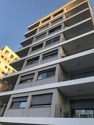 תמונה של למכירה בשכונת חרוזים דירת 5 חדרים ברחוב יואב ברמת גן