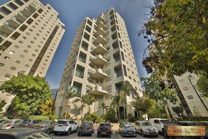 תמונה של להשכרה בשכונת ערמונים דירת 4 חדרים ברחוב הכבאים ברמת גן