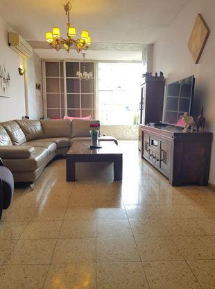 תמונה של למכירה דירת 4 חדרים ברחוב חנקין 55