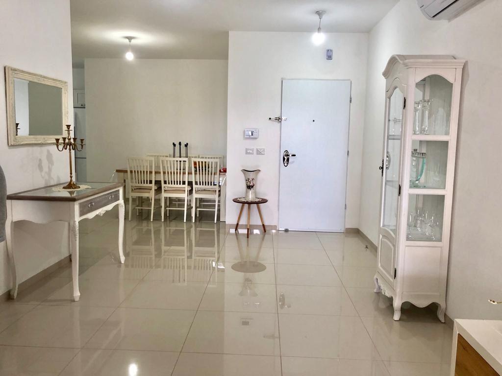 תמונה של למכירה דירת 4 חד' במרכז העיר