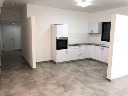 תמונה של למכירה דירת 4 חד' בשכונת סי 1