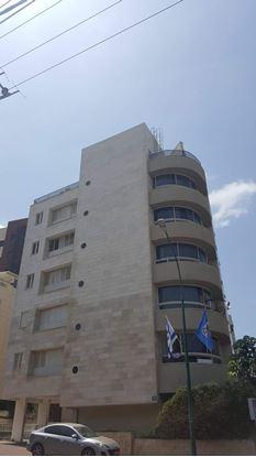 תמונה של למכירה בשכונת תל יהודה ברחוב רוחמה פינת עוזיאל דירת 2.5 חדרים ברמת גן